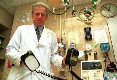 defibrillator.jpg