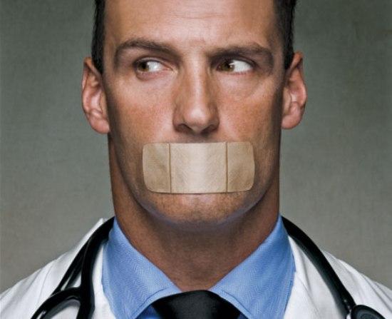 doctors-admit-mistakes.jpg
